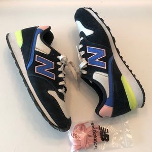 NEW BALANCE suedes sneakers